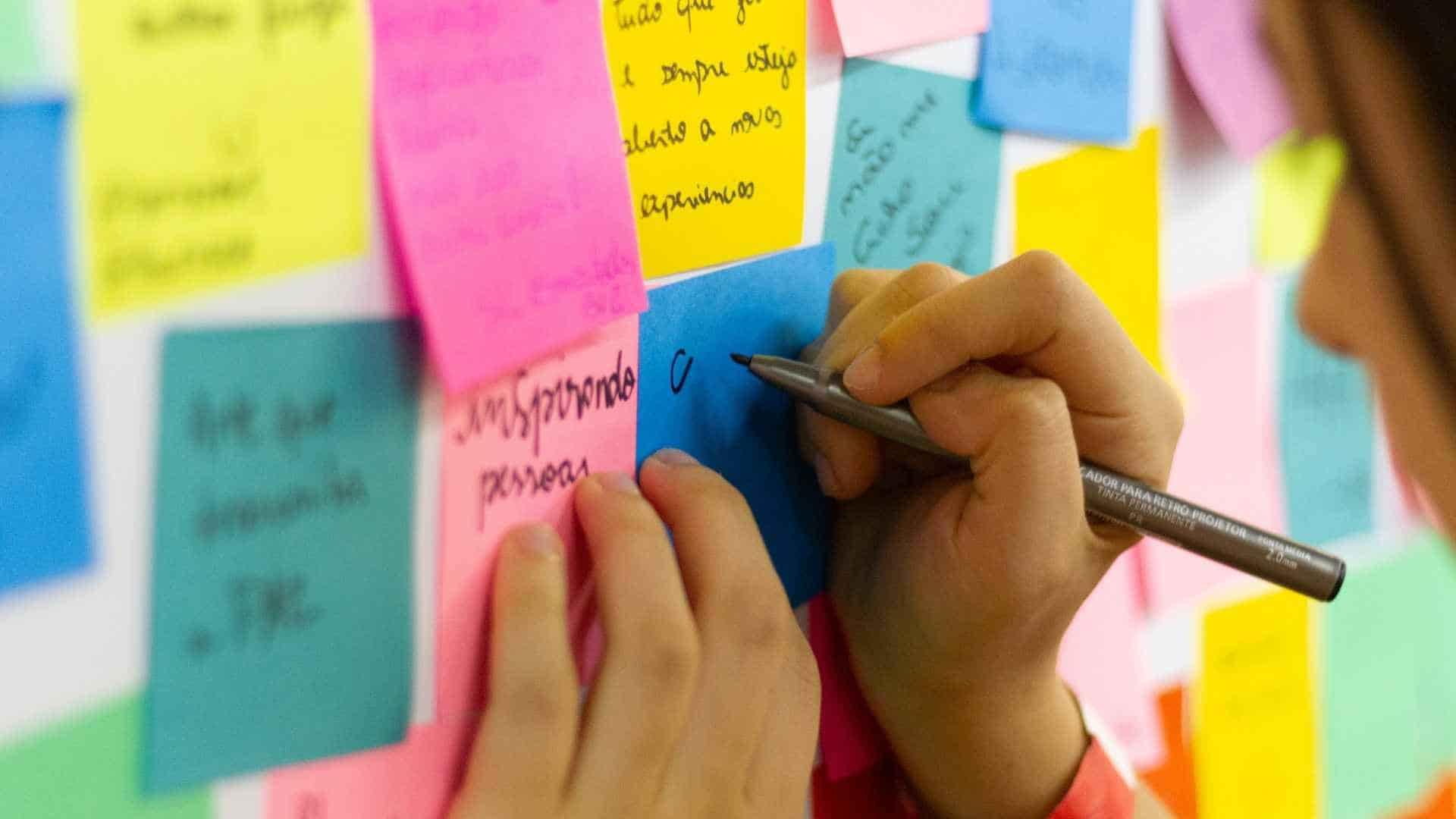 Top 10 Volunteer Management Training Programs Plus Key Resources